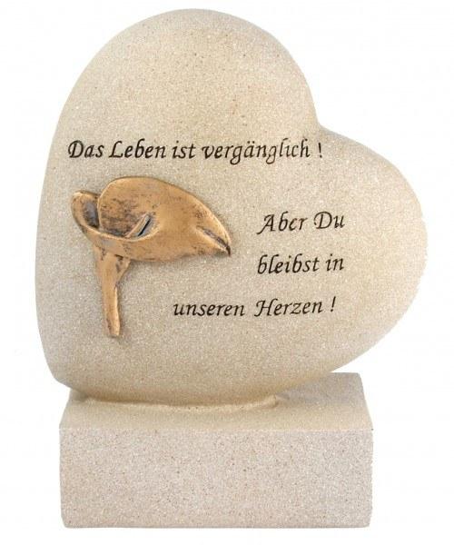 """Herz mit Sockel und Inschrift """"Das Leben ist vergänglich! Aber Du bleibst in unseren Herzen!"""""""
